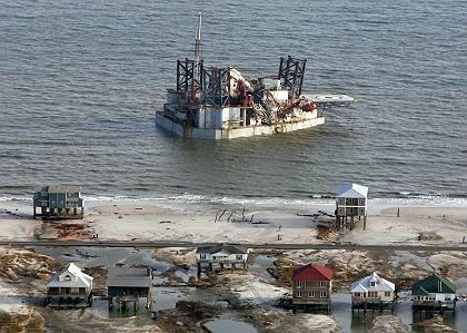 Zerstörte Bohrinsel im Golf von Mexiko: 20 Plattformen sind verschwunden