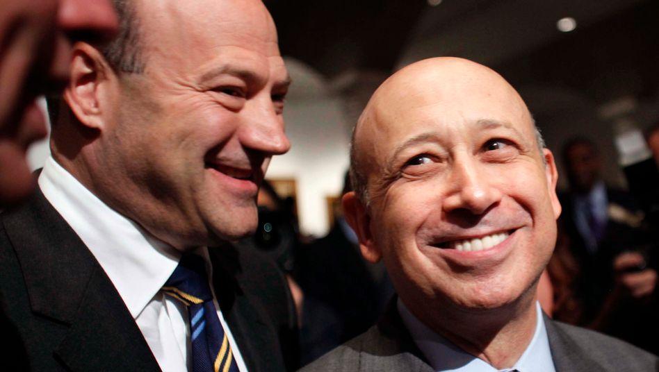 Künftiger Top-Berater des US-Präsidenten: Gary Cohn (links, neben Goldman-Sachs-Chef Lloyd Blankfein) bekommt zum Abschied viel Geld