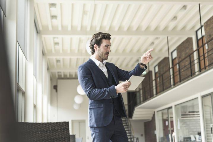 Sammeln Sie Daten, prüfen Sie Szenarien und befragen Sie Mitarbeiter, bevor Sie entscheiden