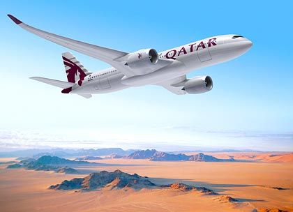 Qatar Airways hat bestellt: Die Fluggesellschaft des Wüsten-Emirats hat den Vertrag über die Bestellung von 80 Maschinene des Typs A350 XWB unterschrieben