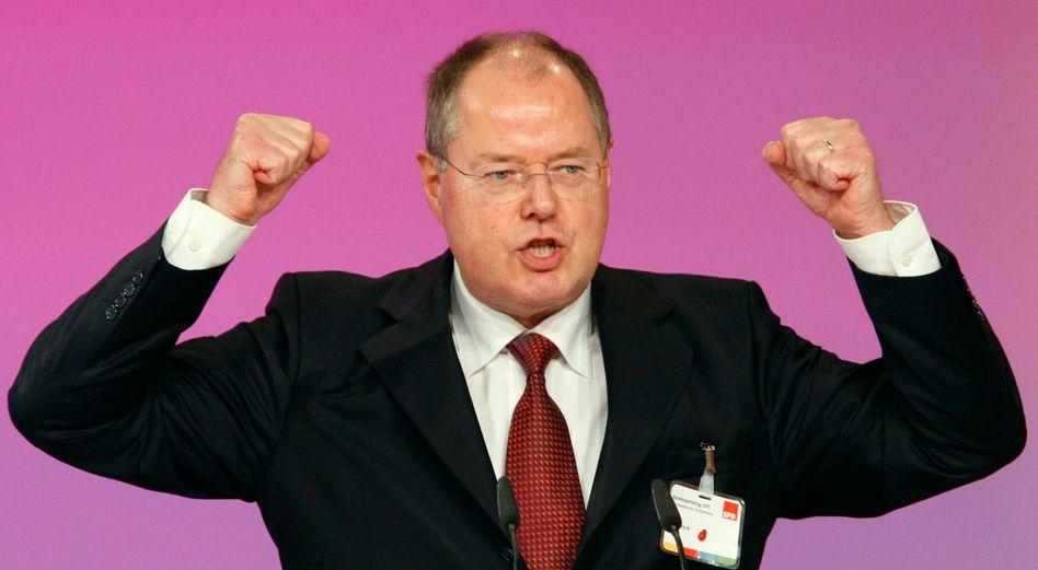 Abteilung Attacke: SPD-Kandidat Steinbrück würde wohl die Steuern erhöhen
