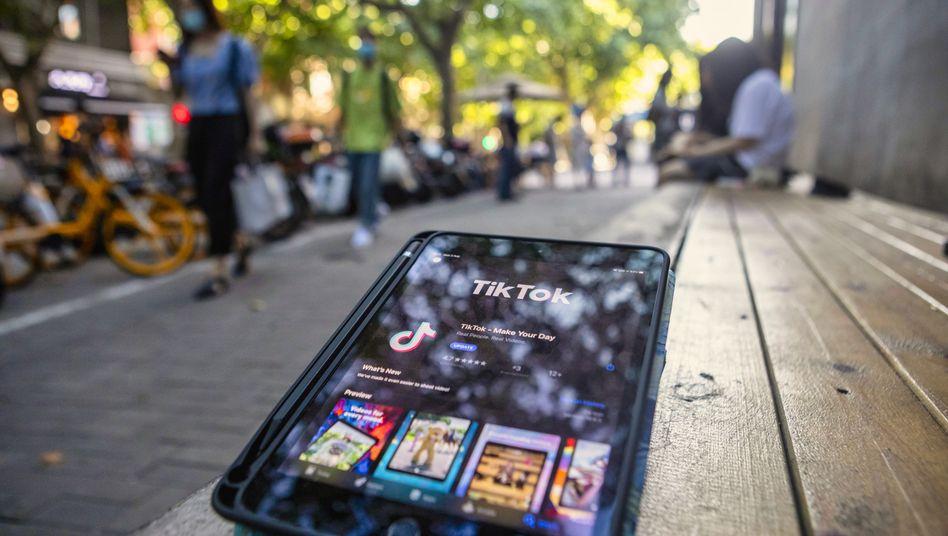 TikTok-App auf Tablet