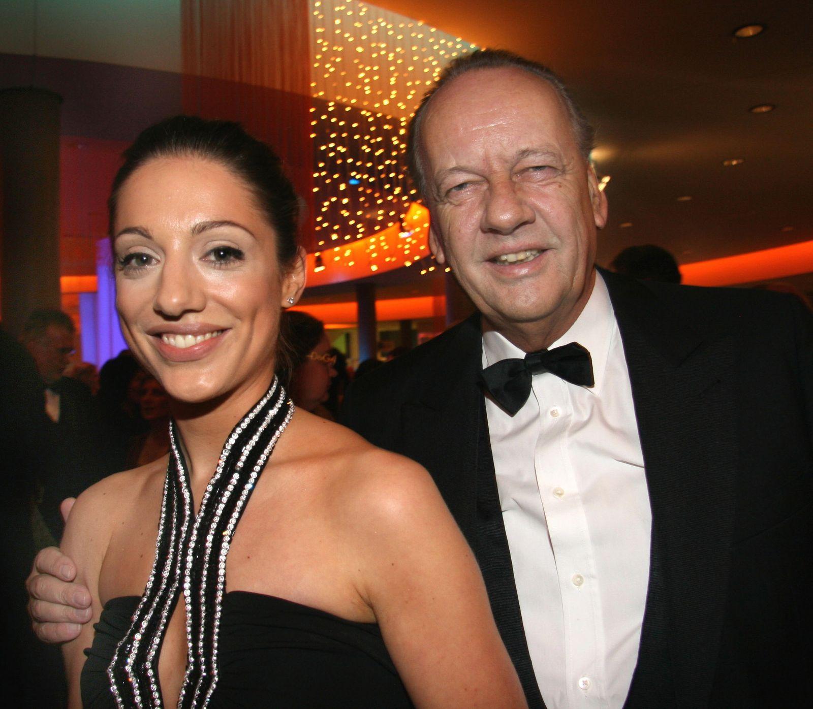 August Oetker heiratet 33 Jahre jüngere Lebensgefährtin