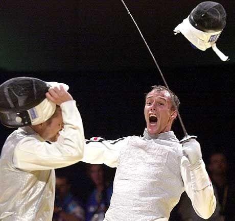 So jubeln Fechter: Ralf Bissdorf (r.) nach seinem Sieg über den Ungarn Mark Marsi im Viertelfinale