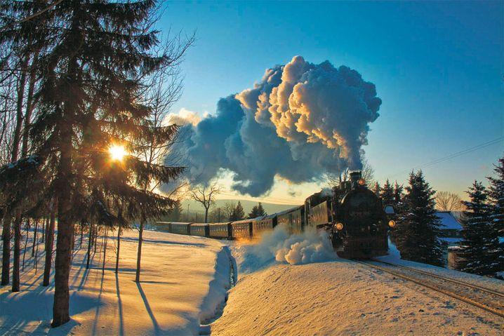 Für Eisenbahnfans: Die Fichtelbergbahn fährt mit Dampf