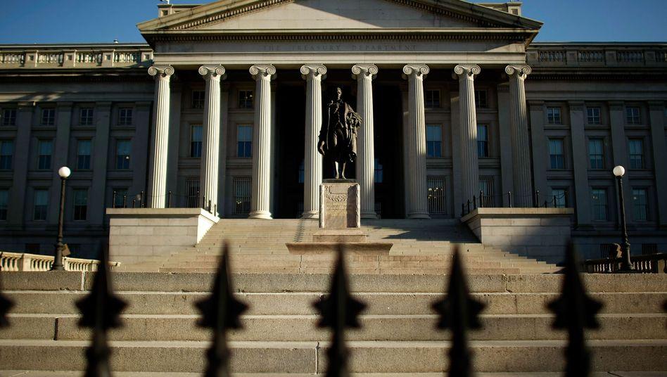"""Finanzministerium in Washington: US-Finanzminister Timothy Geithner benötigt nun """"außergewöhnliche Maßnahmen"""" zur Aufrechterhaltung der Zahlungsfähigkeit."""
