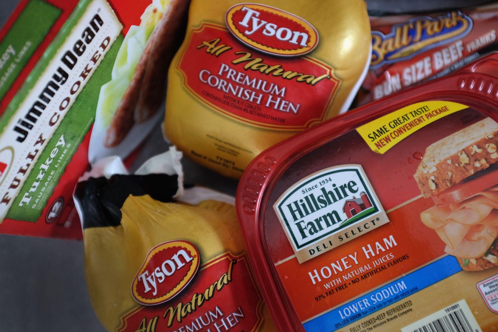 US-TYSON-FOODS-MAKES-OFFER-FOR-HILLSHIRE-BRANDS