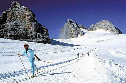 Ramsau: Passionierte Langläufer finden auf dem Hochplateau rund 200 Kilometer gespurte Rundkurse, aber auch Skatingstrecken