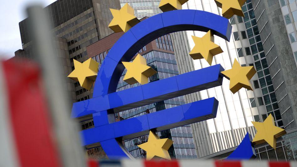 Baustelle Euro-Zone: Die EZB hat alle Hände voll zu tun, die Geldmärkte flüssig zu halten
