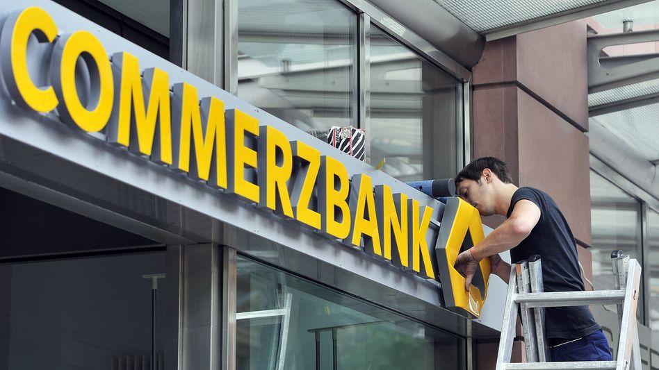 Fakten schaffen vor dem Vorstandswechsel: Die Commerzbank will 200 während der Corona-Pandemie geschlossene Filialen nicht mehr aufsperren