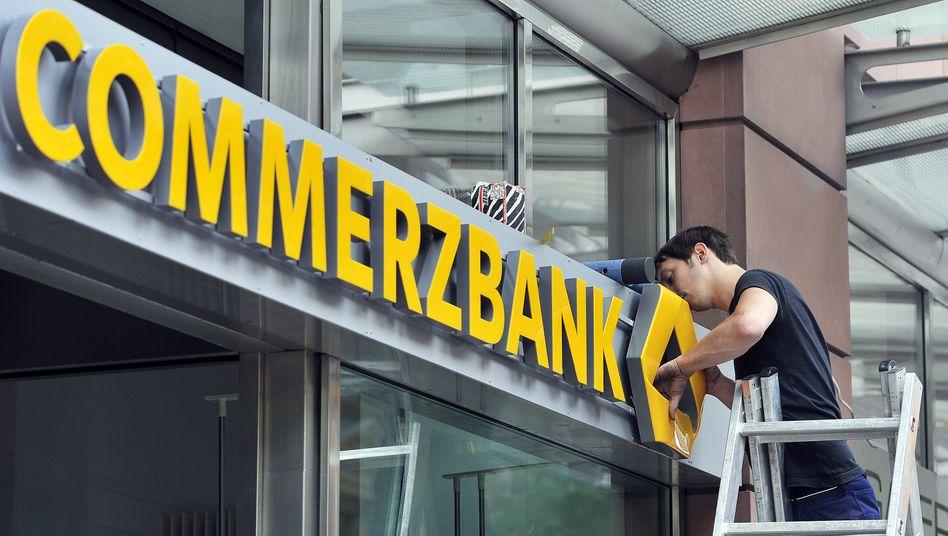Finger weg vom Personal in den Filialen: Verdi im Aufsichtsrat der Commerzbank macht klar, wo für die Gewerkschaft eine rote Linie ist