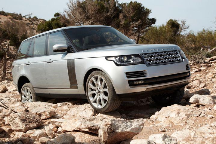 Die Neuauflage des Range Rover ist zwar 400 Kilo leichter als ihr Vorgänger - im Gelände aber kein Leichtgewicht