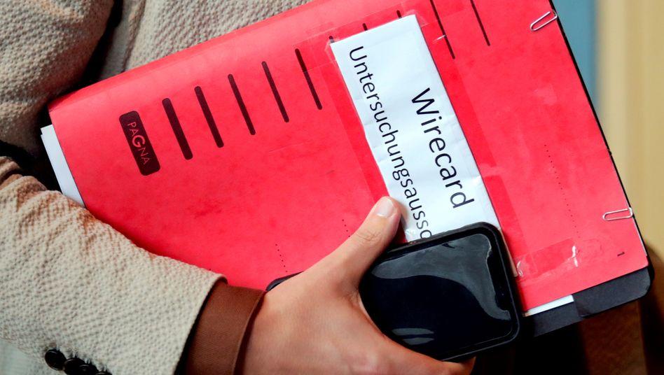 Materialschlacht: Die Mitglieder des Wirecard-Untersuchungsausschusses haben fast ein Terabyte vertraulicher Unterlagen ausgewertet und rund 80 Zeugen befragt