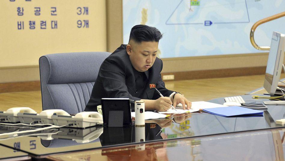 Nordkoreas Diktator Kim Jong Un: 90 Prozent der Energieimporte kommen aus China - doch Peking hat kein Interesse daran, dem Regime ein Ende zu setzen