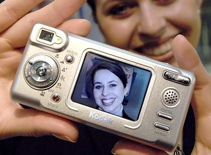 Zukunftsmarkt Fotografie: Kodak EasyShare LS633 mit OLED-Display