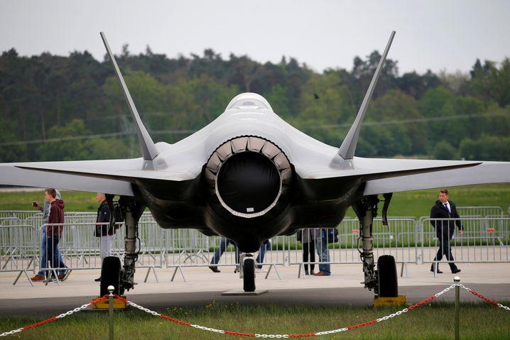 Lockheed Martin F-35: Aktien von US-Rüstungsfirmen ziehen am Mittwoch an.