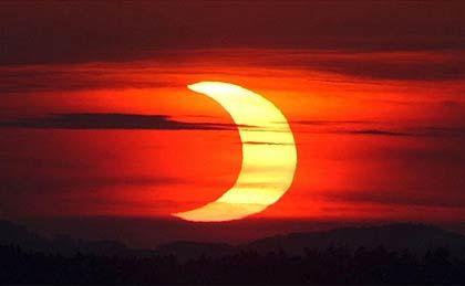 Partielle Sonnenfinsternis: Der Himmel gibt den Blick frei
