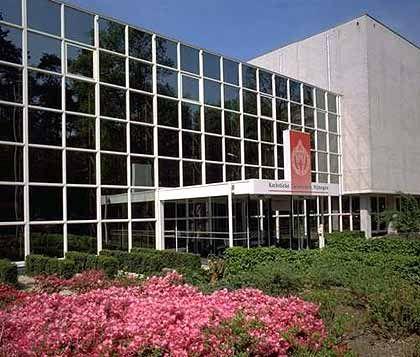 Studieren in Nijmegen: Moderne Architektur, passend zum Lehrangebot