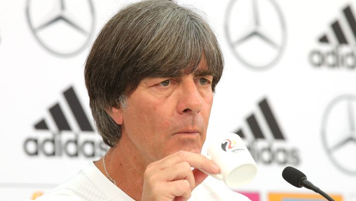 Jogi Löw als Trainer und ...: Drei Deutsche im Goldman-Sachs-Dream-Team für die WM