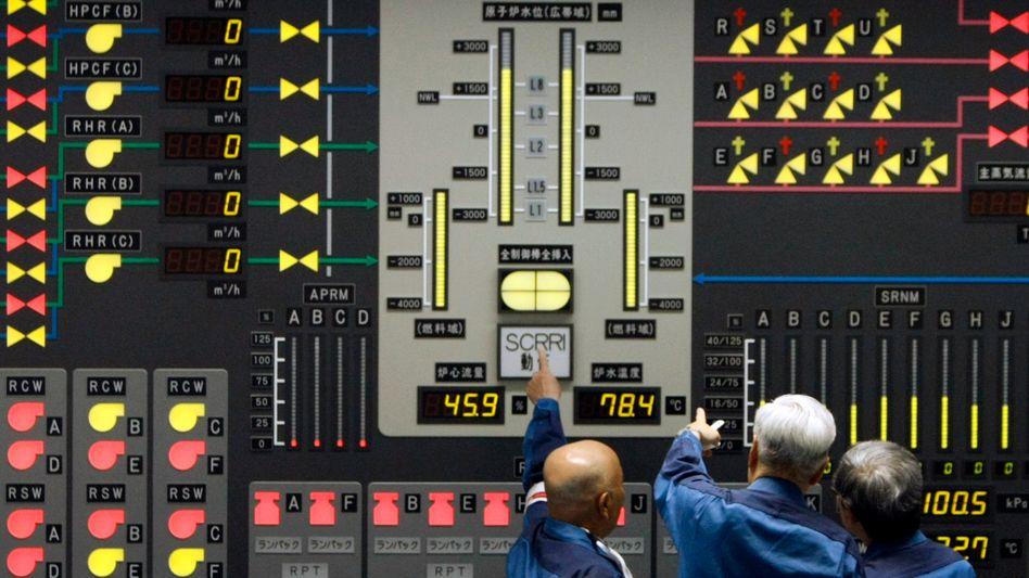 Fukushima-Betreiber Tepco: Ein Floß soll das radioaktiv verseuchte Wasser aufnehmen