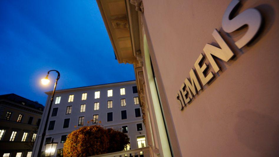 Zentrale in München: Siemens blickt vorsichtig in die Zukunft