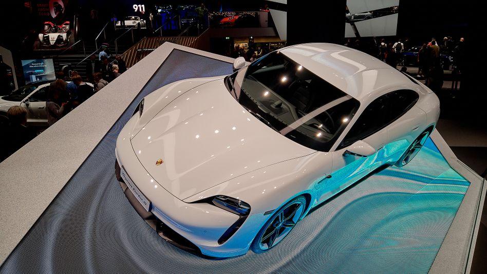 Porsche Taycan: Der elektrische Bolide soll Tesla Paroli bieten