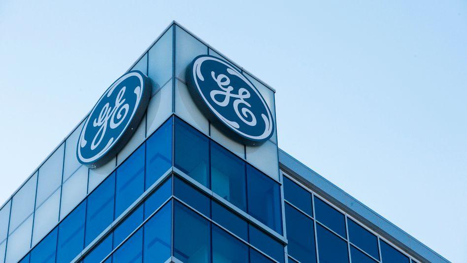 Das General Electric Logo auf dem Gebäude eines Hauptquartiers des Konzerns in Cincinatti 2018