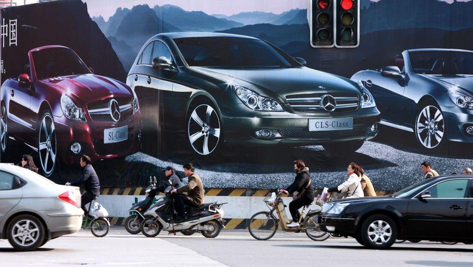 Mercedes-Werbung in Shanghai: Daimler verkaufte im Januar rund 24.000 Autos mit dem Stern in China
