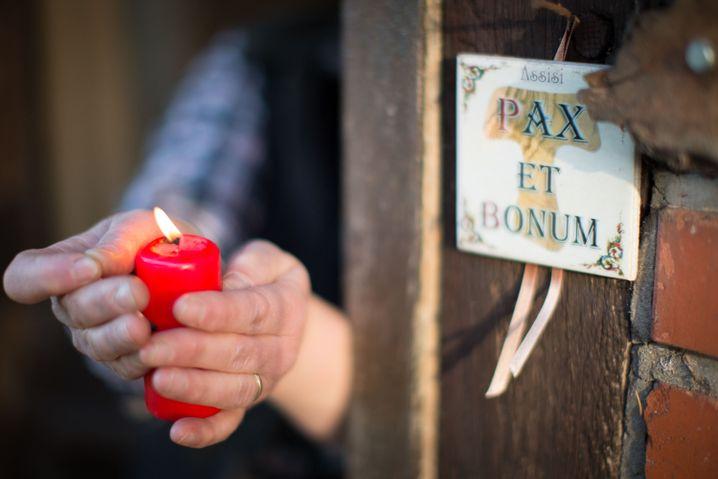 Besinnlichkeit: Kerzen verbreiten eine angenehme Atmosphäre. Aber Sie können Sie auch benutzen, um Ihr Lungenvolumen zu testen.