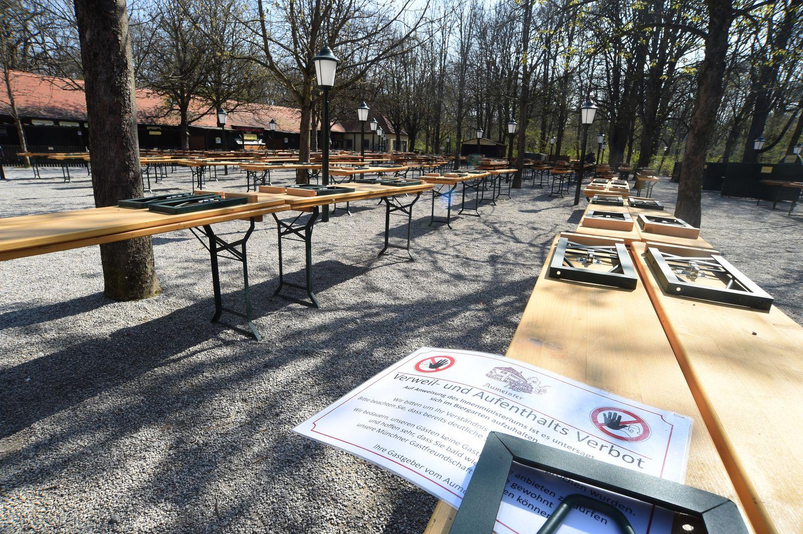 Coronavirus - München leerer Biergarten