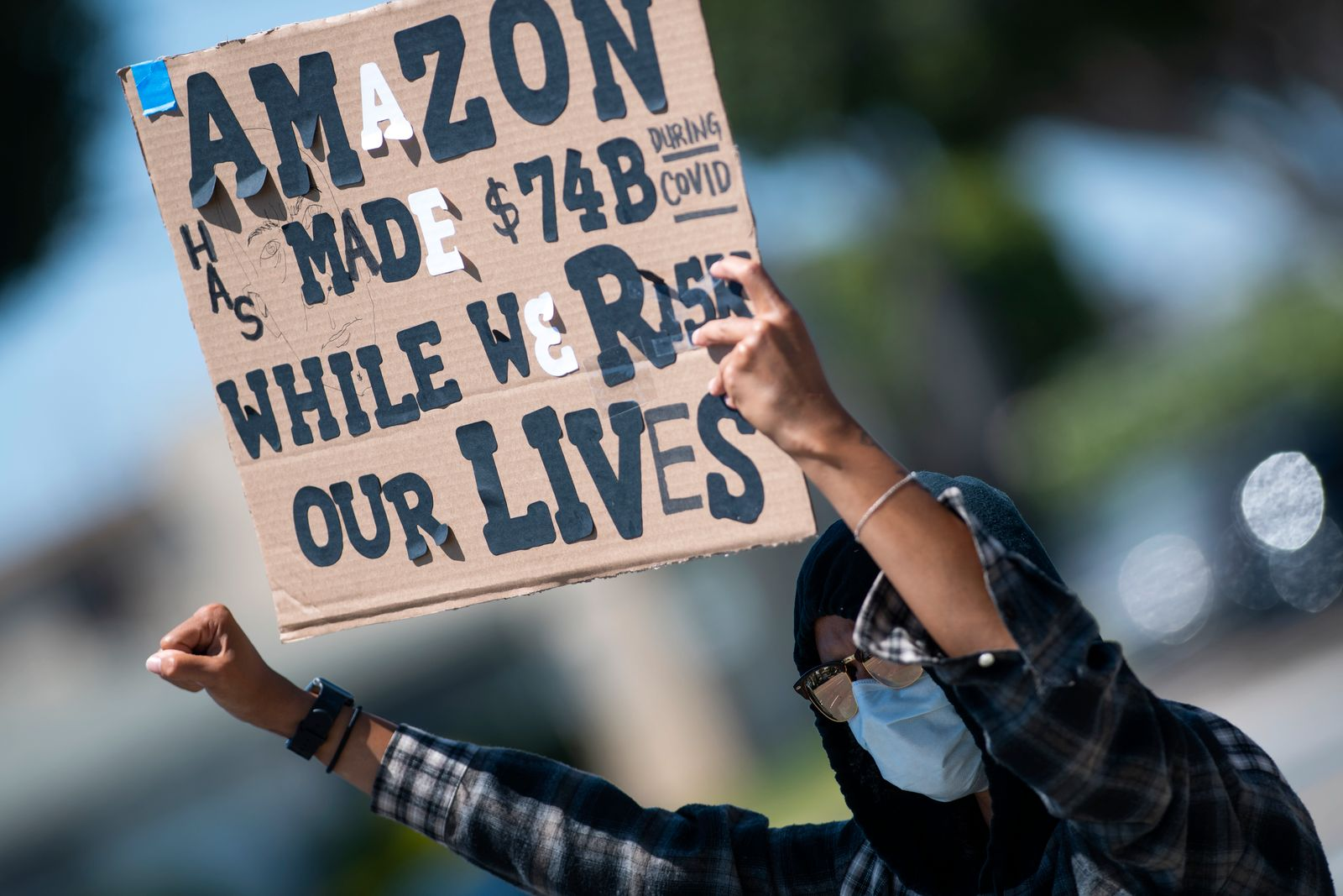 Workers protest Amazon