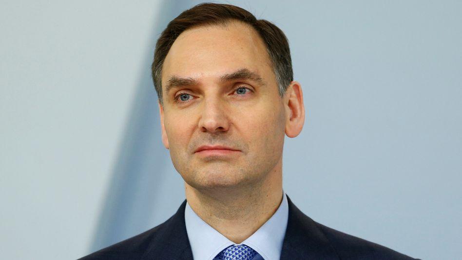 James von Moltke, Finanzvorstand der Deutschen Bank, gibt sich für die erwarteten Erträge der Bank etwas vorsichtiger