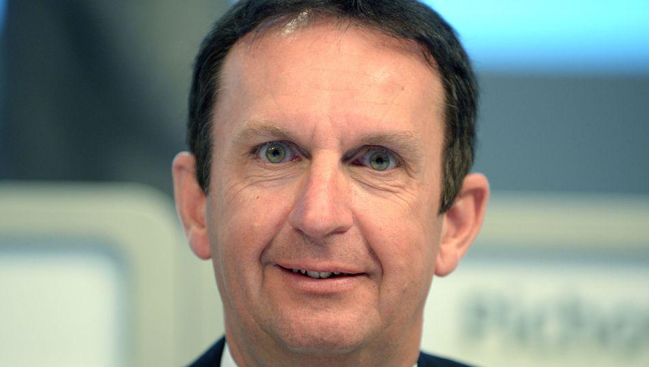 Forscher Auftritt: Der neue Henkel-Chef Hans Van Bylen hat Zukäufe auf der Agenda. Ein Jahr nach dem gescheiterten Übernahmeversuch von Wella sondiert Henkel nun laut Insidern eine Übernahme in den USA