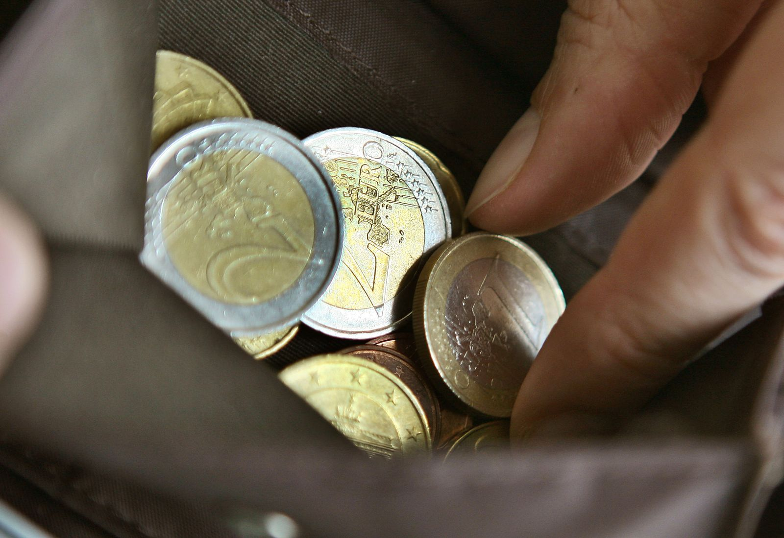 Kredite / Euro / Münzen / Geld