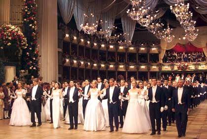 Tanzende beim Wiener Opernball: Bedeutendstes gesellschaftliches Ereignis Österreichs