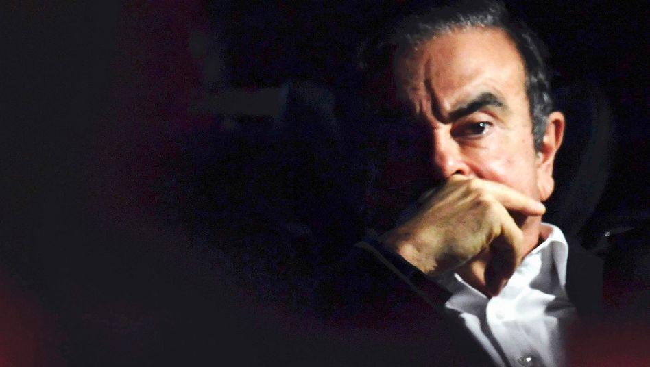 Carlos Ghosn: Der unter Untreueverdacht stehende Ex-Automanager hat sich in den Libanon abgesetzt