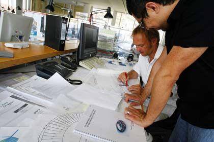 Arbeit im Team: Bei Projekten wie etwa Großaufträgen für Architektenbüros müssen auch externe Mitarbeiter eingebunden werden