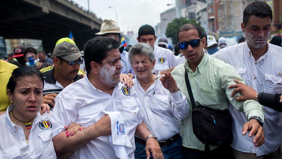 Proteste in Caracas: Die Unruhen in Venezuela betreffen auch den US-Autobauer General Motors