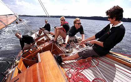 Das war vor Jahren: Falk im Juni 2002 auf seiner Jacht Flica II