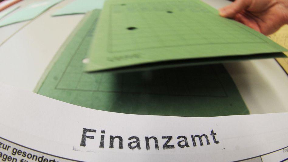 Fiskus: Vor allem die Grünen im Bundestag wollen im Falle des Wahlsiegs höhere Steuern und eine Vermögensabgabe für Wohlhabende durchsetzen.
