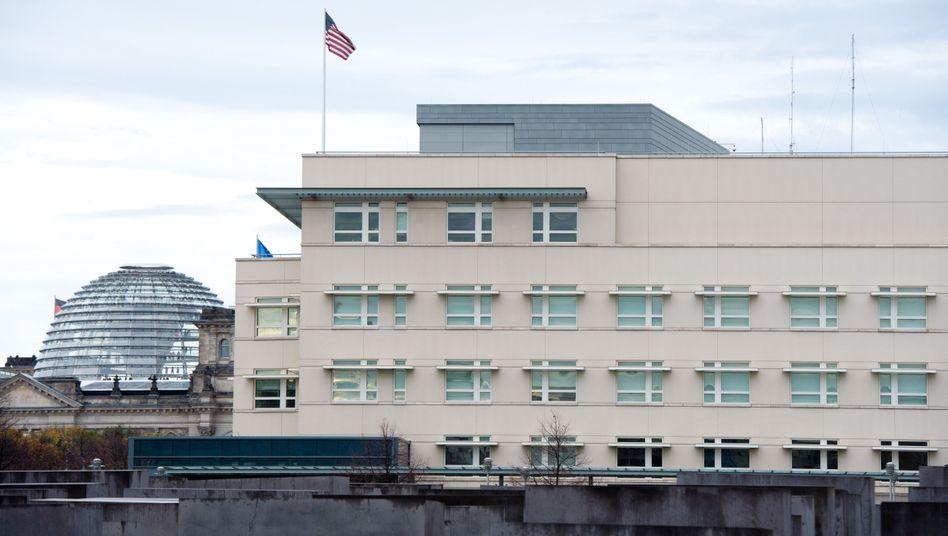 US-Botschaft in Berlin am Pariser Platz: Nach neuen Spionagefällen zieht die Bundesregierung erste diplomatische Konsequenzen