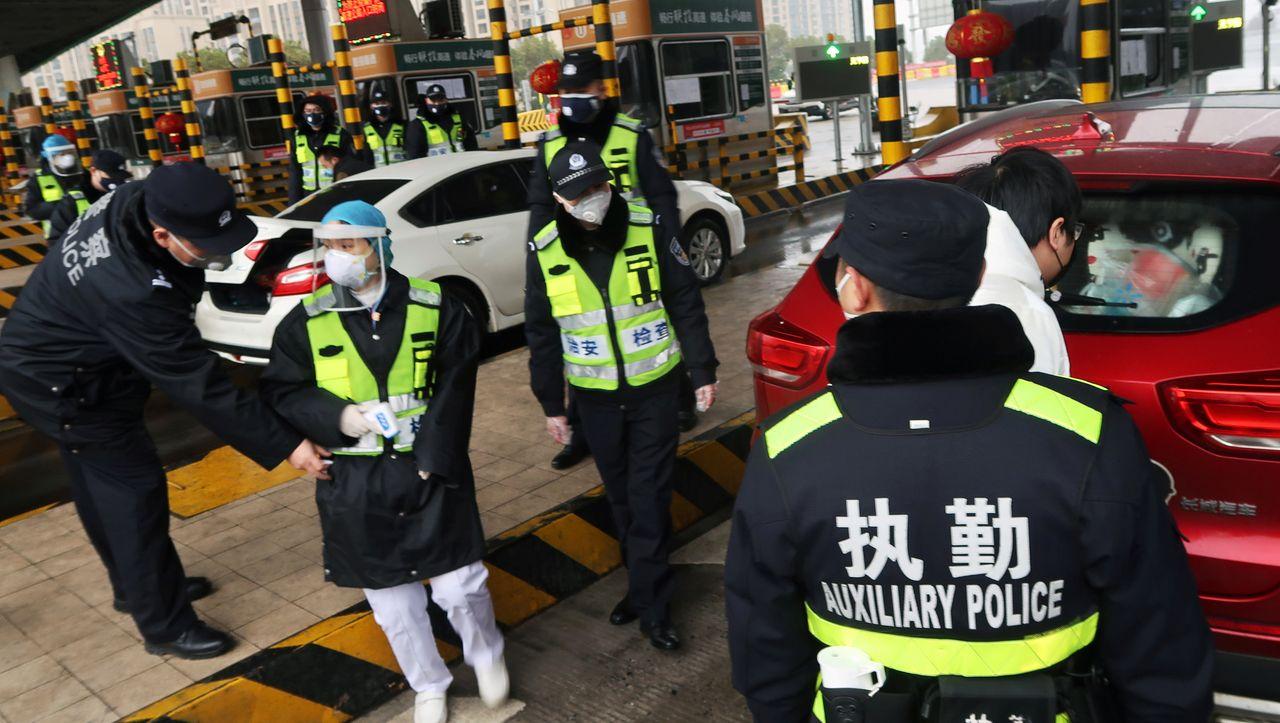 Wuhan: Wie deutsche Firmen mit der Coronavirus-Reisesperre umgehen - manager magazin - Unternehmen