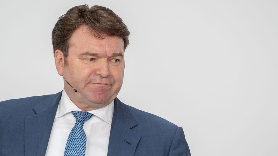 """Audi-Chef Bram Schot: """"Hier und da ein wenig Fett - der Umbau wird nicht bequem"""""""