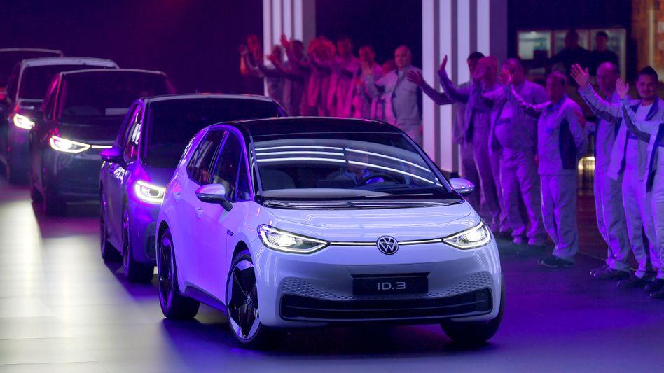 Der Volkswagen ID.3 rollt in Zwickau vom Band