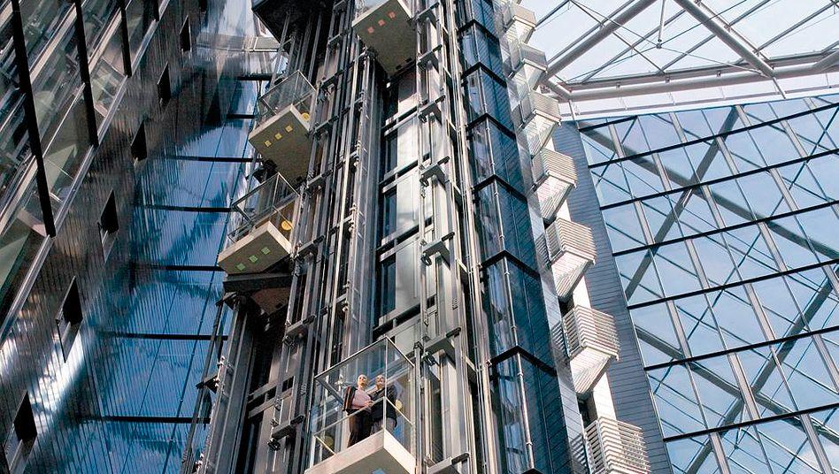 Aufzüge von Thyssenkrupp: Der Konzern will die attraktive Sparte verkaufen.