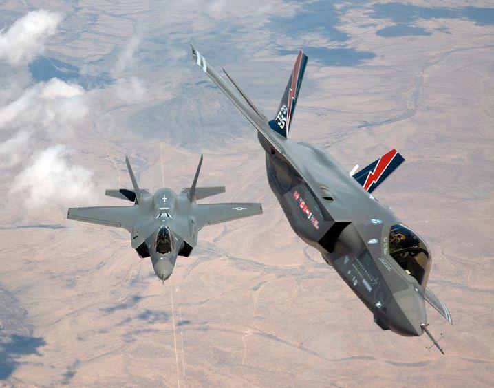 Nicht alleine unterwegs: F-35 Kampfflugzeuge