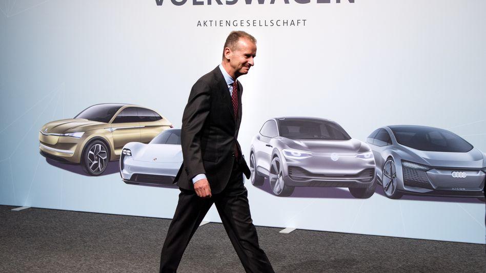 VW-Chef Herbert Diess (bei der Hauptversammlung 2018): Auch beim Aktionärstreffen 2019 gibt es mächtig Gegenwind