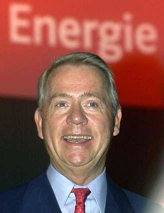 Der Eon-Vorstand unter Ulrich Hartmann (im Bild) und Wilhelm Simson verdiente im Jahr 2001 insgesamt 8,8 Millionen Euro