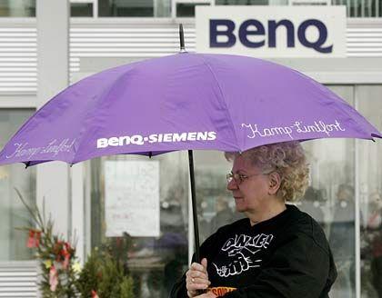 Rechtzeitig ausgestiegen? Während BenQ-Mitarbeiter in Deutschland im Regen stehen gelassen wurden, sollen die Manager Insidergeschäfte getätigt haben