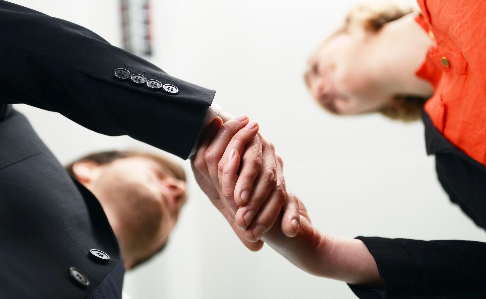 EINMALIGE VERWENDUNG Darf es etwas mehr sein? - Fünf Tipps für die Gehaltsverhandlung